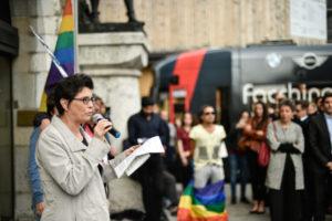 Hommage aux victimes de la tuerie d'Orlando à la Place Bel-air @Irina Popa
